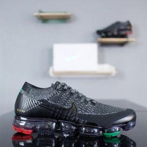Nike Air VaporMax Flyknit BHM AQ